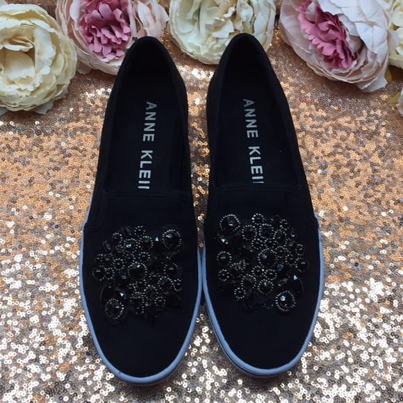 Anne Klein Black Embellished Loafers 7m